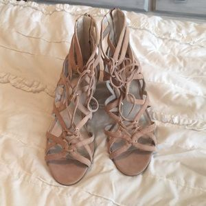 Kenneth Cole nude wedge sandals